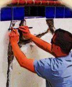 Cómo reparar las grietas de una piscina