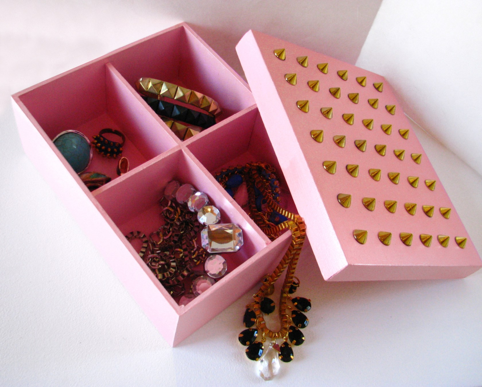 Ideas para reciclar cajas de zapatos for Decoracion de cajas