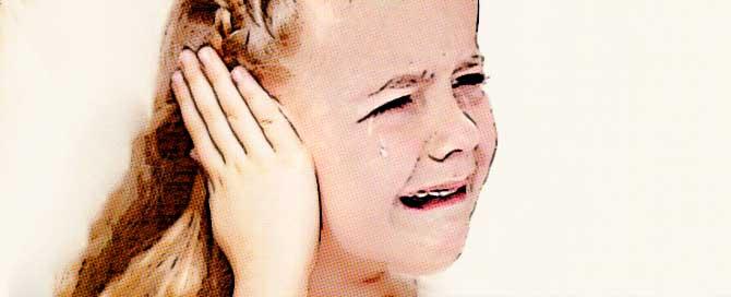 calmando el dolor de oido en ninos con trucos caseros